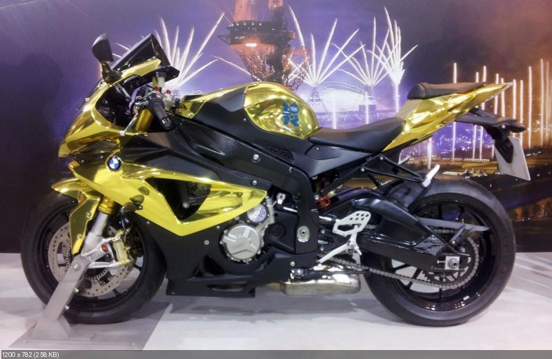 Золотой спортбайк BMW S1000RR Olympic Edition 2012